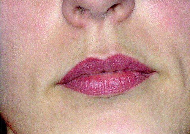 voile de rouge à lèvres après